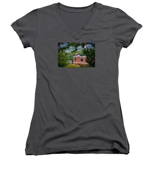 Connecticut Women's V-Neck T-Shirt