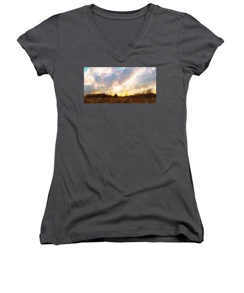 Country Sunset Women's V-Neck T-Shirt