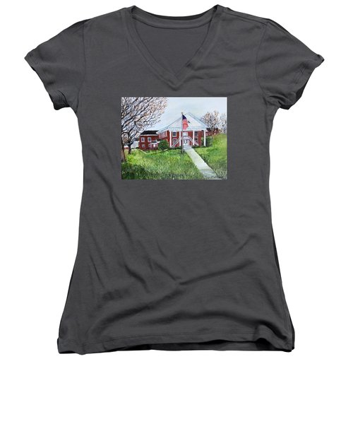 Courthouse Women's V-Neck T-Shirt