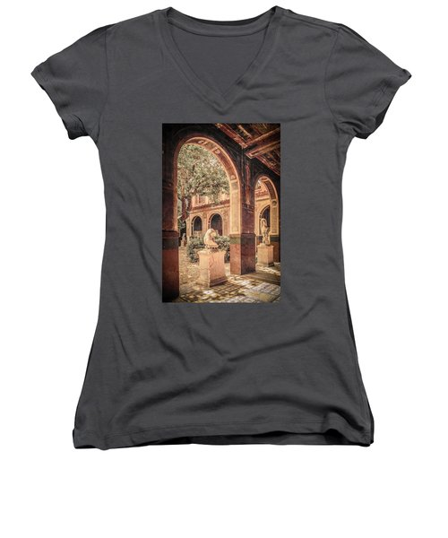 Paris, France - Courtyard West - L'ecole Des Beaux-arts Women's V-Neck