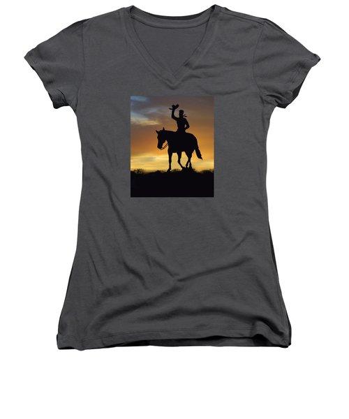 Cowboy Slilouette Women's V-Neck T-Shirt