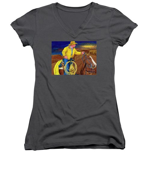 Cracker Cowboy Sunrise Women's V-Neck T-Shirt (Junior Cut)