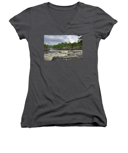 Crib Works 2 Women's V-Neck T-Shirt