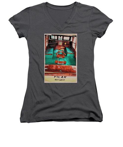 Women's V-Neck featuring the photograph Cuba Hemingway Pilar by Alice Gipson