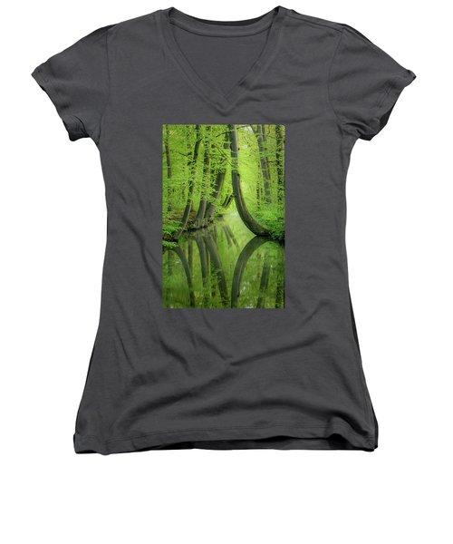 Curved Trees Women's V-Neck