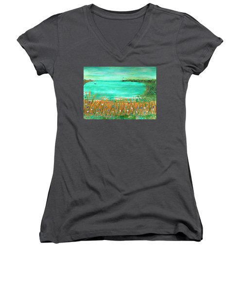 Dayatthebeach Women's V-Neck (Athletic Fit)