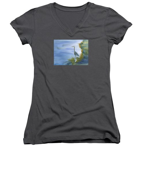 Daybreak With A Great Blue Heron  Women's V-Neck T-Shirt (Junior Cut) by Frank Bright