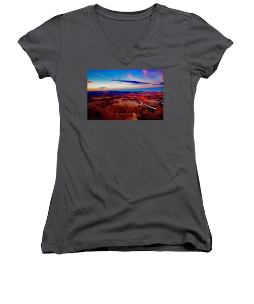 Dead Horse Point Women's V-Neck (Athletic Fit)
