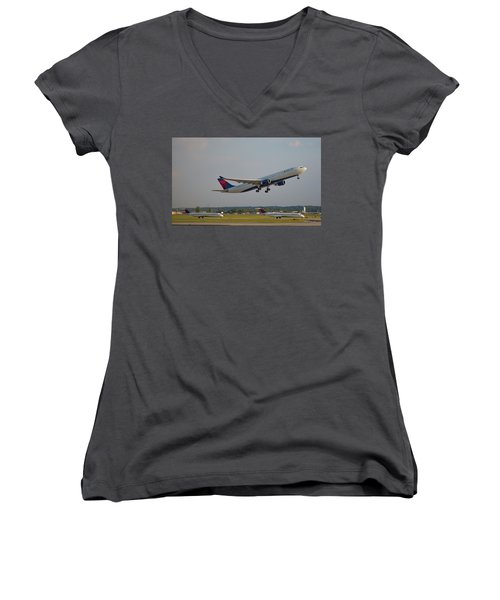 Delta Airlines Jet N827nw Airbus A330-300 Atlanta Airplane Art Women's V-Neck