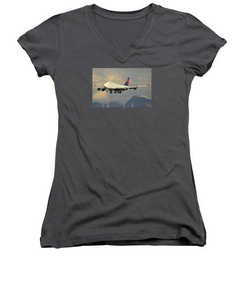 Delta Boeing 747-451 N668us Phoenix Sky Harbor January 8 2015 Women's V-Neck T-Shirt (Junior Cut) by Brian Lockett