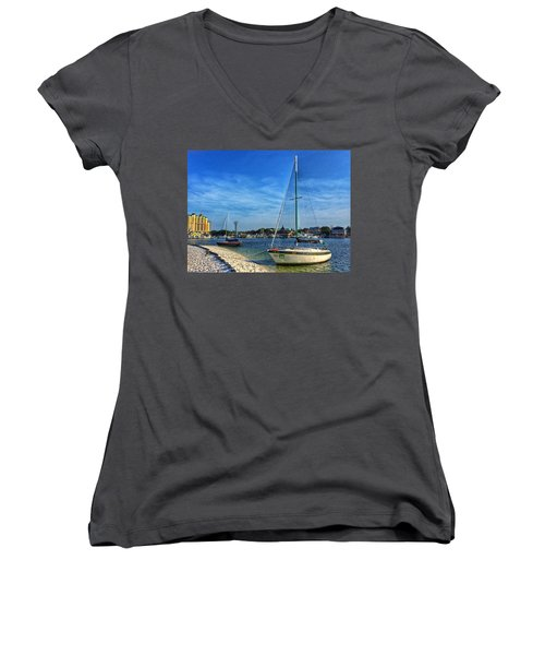 Destin Florida Women's V-Neck