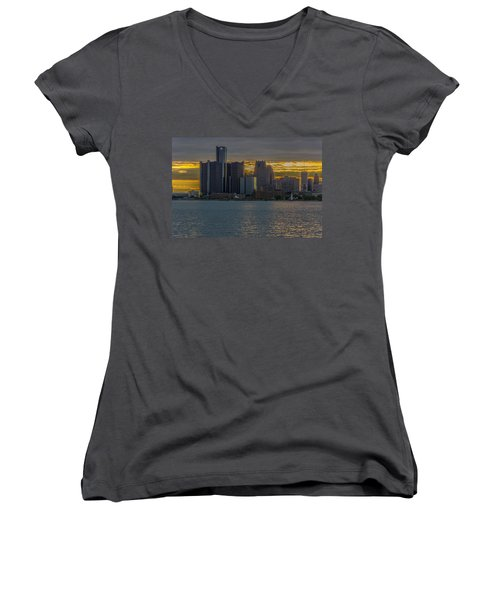 Detroit Versus Everybody  Women's V-Neck T-Shirt