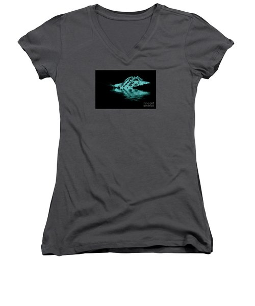 Diamond Head Women's V-Neck T-Shirt