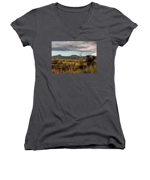 Dos Cabezas Grasslands At Dusk Women's V-Neck