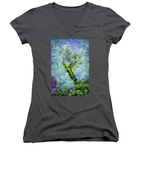 Close Encounters-3 Women's V-Neck T-Shirt