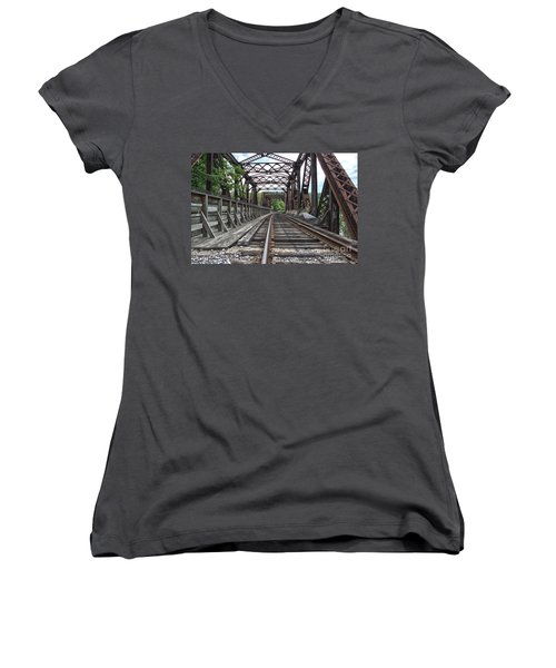 Double Truss Bridge #1679 On The Wmsr Women's V-Neck T-Shirt (Junior Cut) by Jeannette Hunt