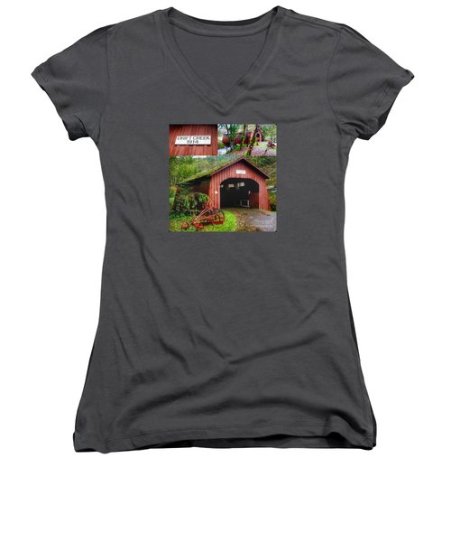 Drift Creek Covered Bridge Women's V-Neck T-Shirt