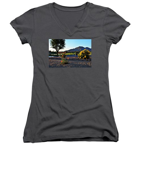 Early Morning At The Dunes Golf Course - La Quinta Women's V-Neck T-Shirt