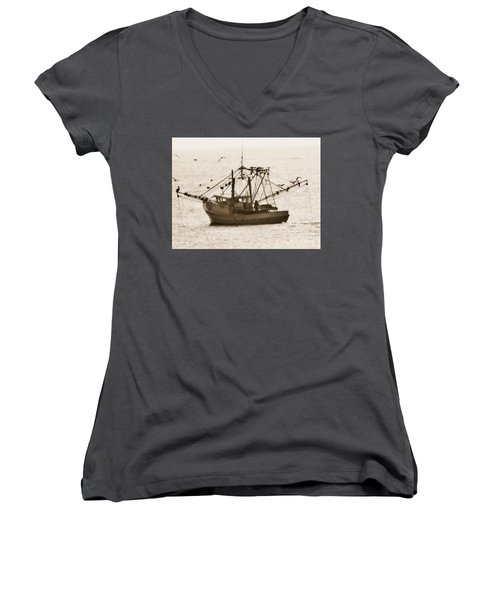 Early Morning Trawling  Women's V-Neck T-Shirt