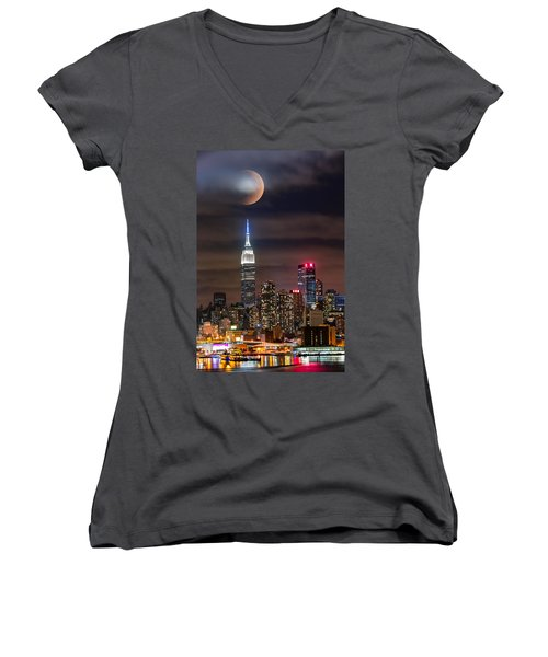 Eclipse Women's V-Neck (Athletic Fit)