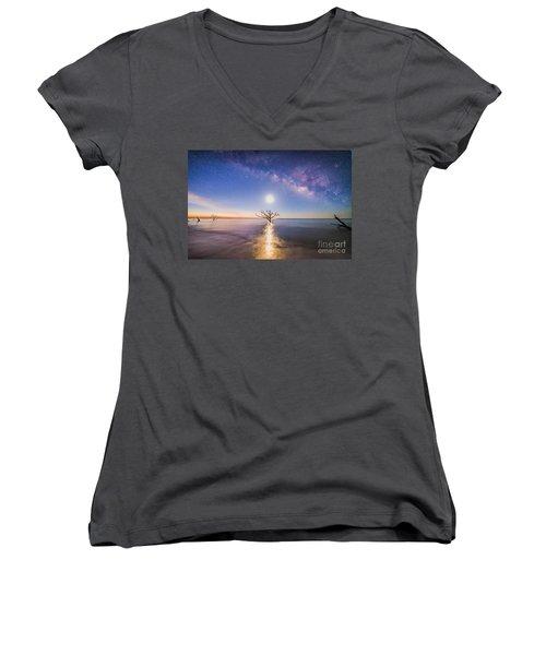 Edisto Island Milky Way Women's V-Neck T-Shirt (Junior Cut) by Robert Loe