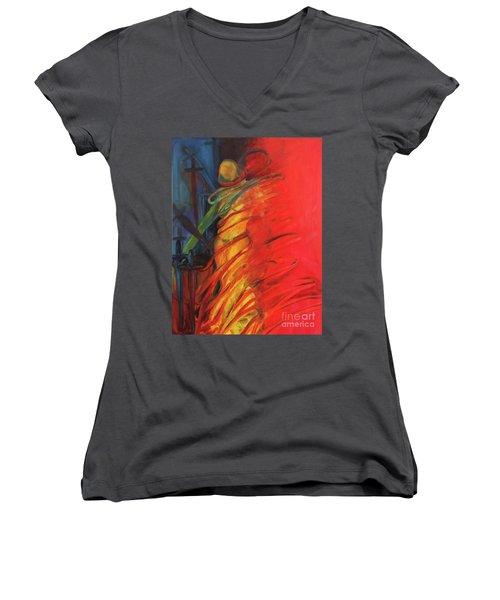Eight Of Swords Women's V-Neck T-Shirt (Junior Cut)