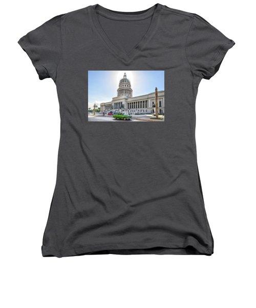 El Capitolio Women's V-Neck T-Shirt