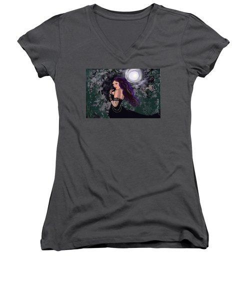 Elegant Vampire Women's V-Neck T-Shirt