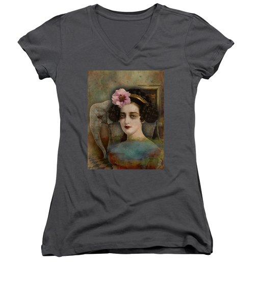 Elephant Dreamer Women's V-Neck T-Shirt