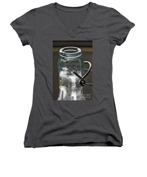 Elixir Women's V-Neck