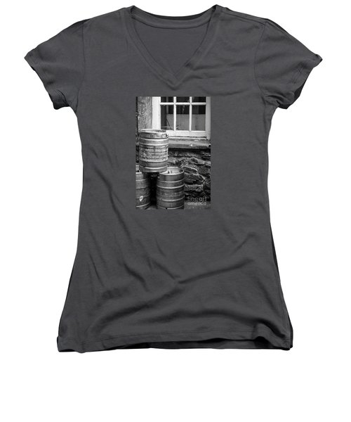 Empty In Edinburgh Women's V-Neck T-Shirt (Junior Cut) by Amy Fearn