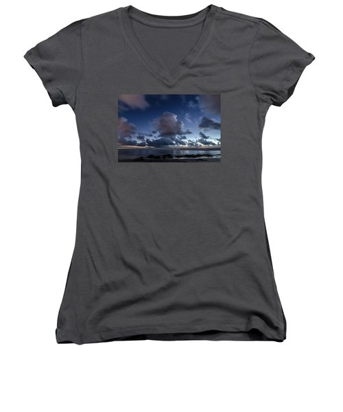 Endless Horizons Women's V-Neck T-Shirt