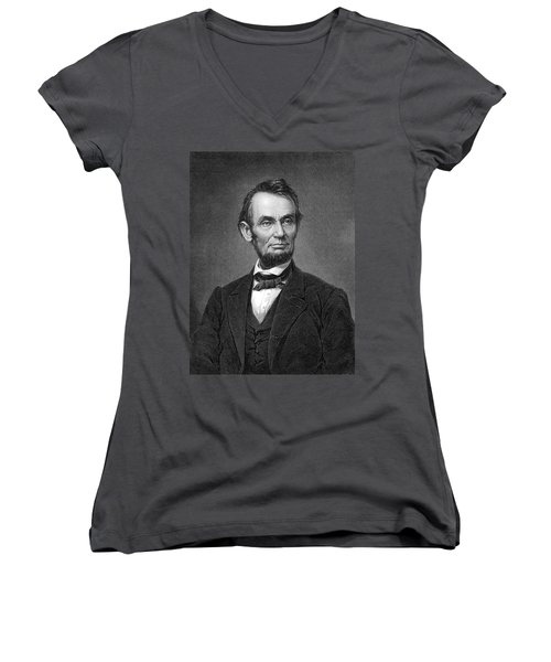 Engraving Of Portrait Of Abraham Lincoln From Brady Photograph Women's V-Neck T-Shirt
