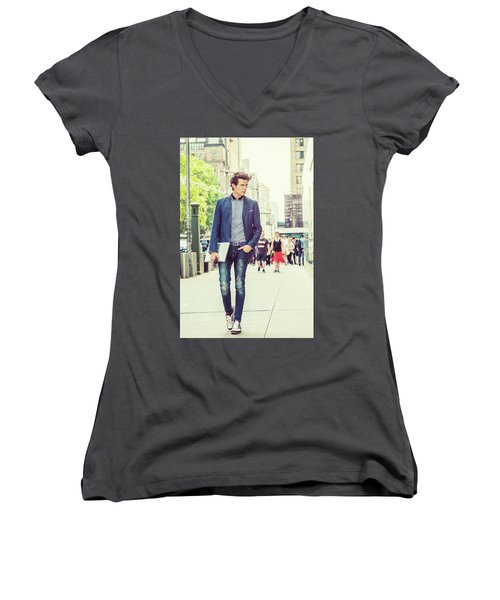 European College Student Studying In New York Women's V-Neck (Athletic Fit)