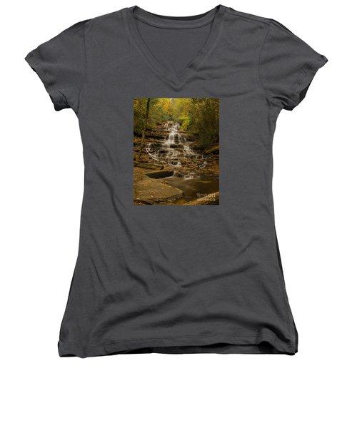 Fall Colors At Minnehaha Falls Women's V-Neck T-Shirt