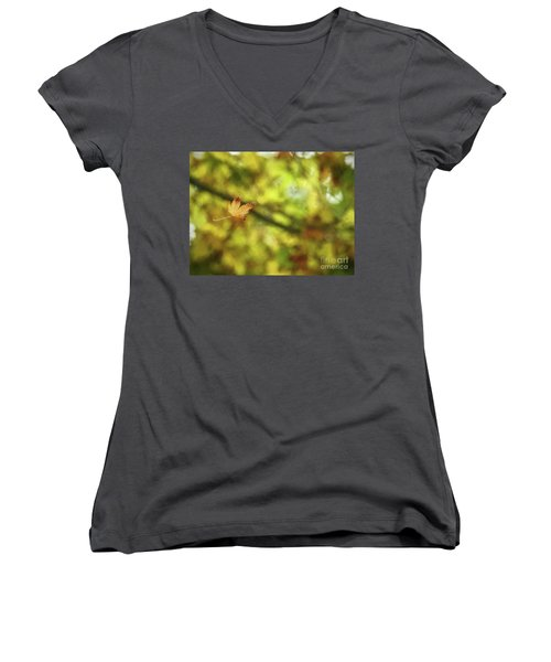 Women's V-Neck T-Shirt featuring the photograph Falling by Peggy Hughes