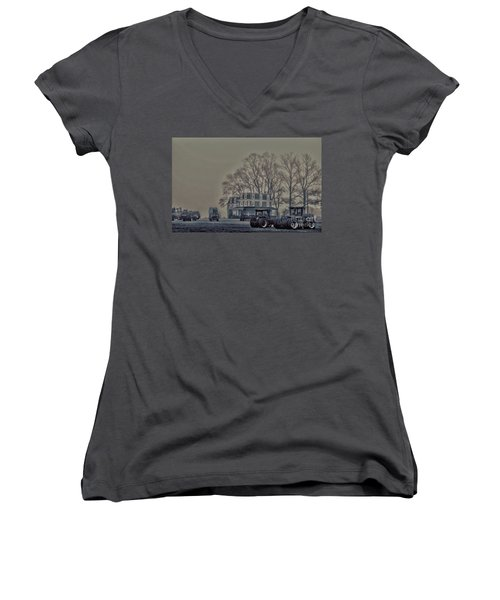 Women's V-Neck T-Shirt (Junior Cut) featuring the photograph Farmhouse In Morning Fog by Sandy Moulder