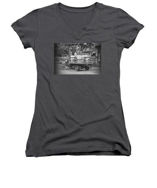 Fill Er Up          B And W Women's V-Neck T-Shirt