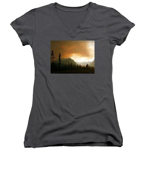 Fire Over St Mary Women's V-Neck T-Shirt (Junior Cut)