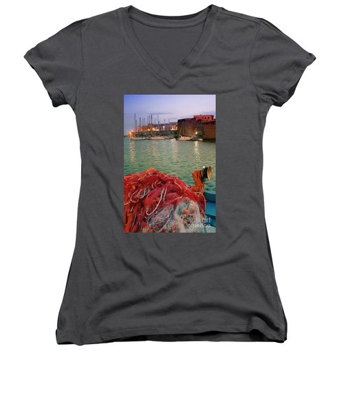 Fisherman's Net Women's V-Neck
