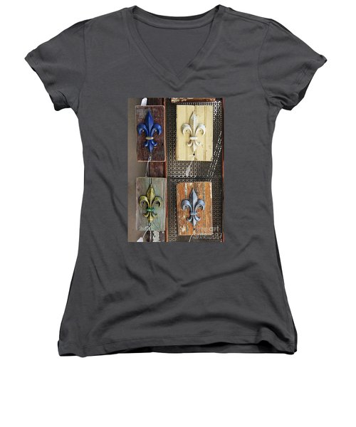 Fleurs-de-lis Women's V-Neck T-Shirt