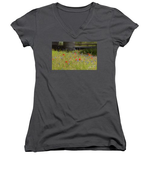 Flower Duet Women's V-Neck T-Shirt