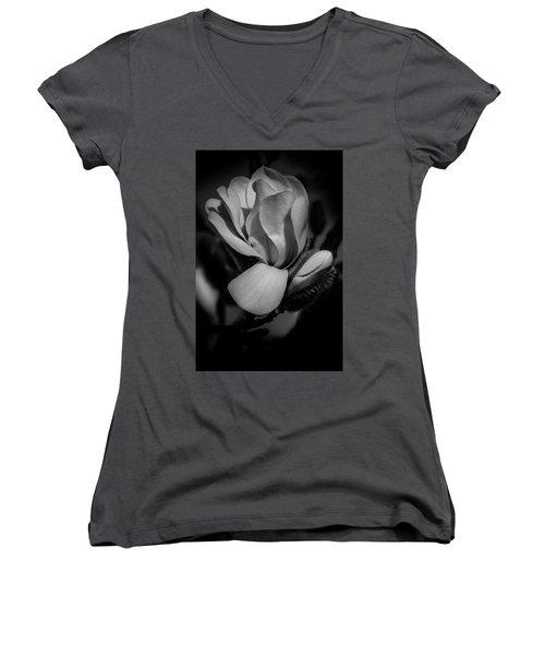 Flower Noir Women's V-Neck