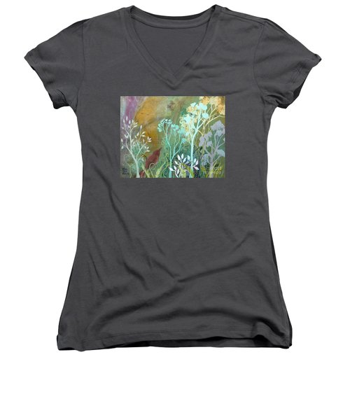 Fluent Women's V-Neck T-Shirt