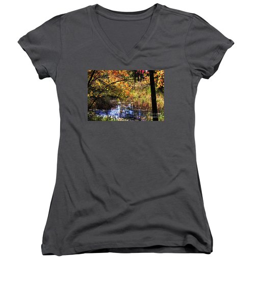 Foliage Nrrt Women's V-Neck