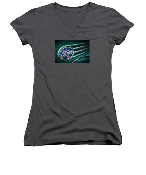 Ford 85 Women's V-Neck T-Shirt