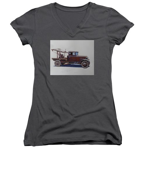 Ford A Type Wrecker. Women's V-Neck T-Shirt (Junior Cut) by Mike  Jeffries
