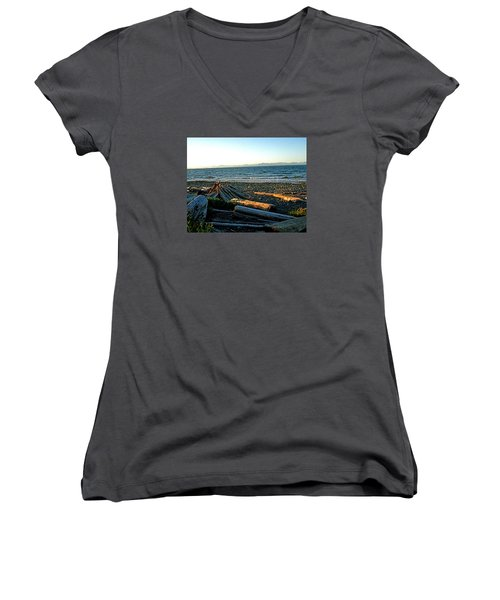 Fort Driftwood - Vancouver Island - Bc Women's V-Neck
