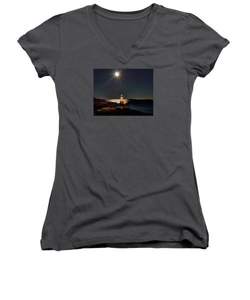 Fort Pickering Light 283 Women's V-Neck T-Shirt
