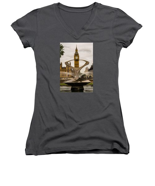 Fountain With Big Ben Women's V-Neck (Athletic Fit)